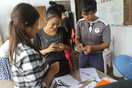 Students from Minmahaw Education Foundation, a local partner with IIE PEER in Southeast Asia