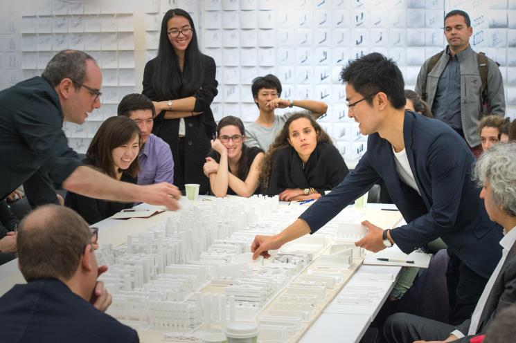 Photo: Fulbright Seunghoon Hyun presenting an urban design project at Harvard