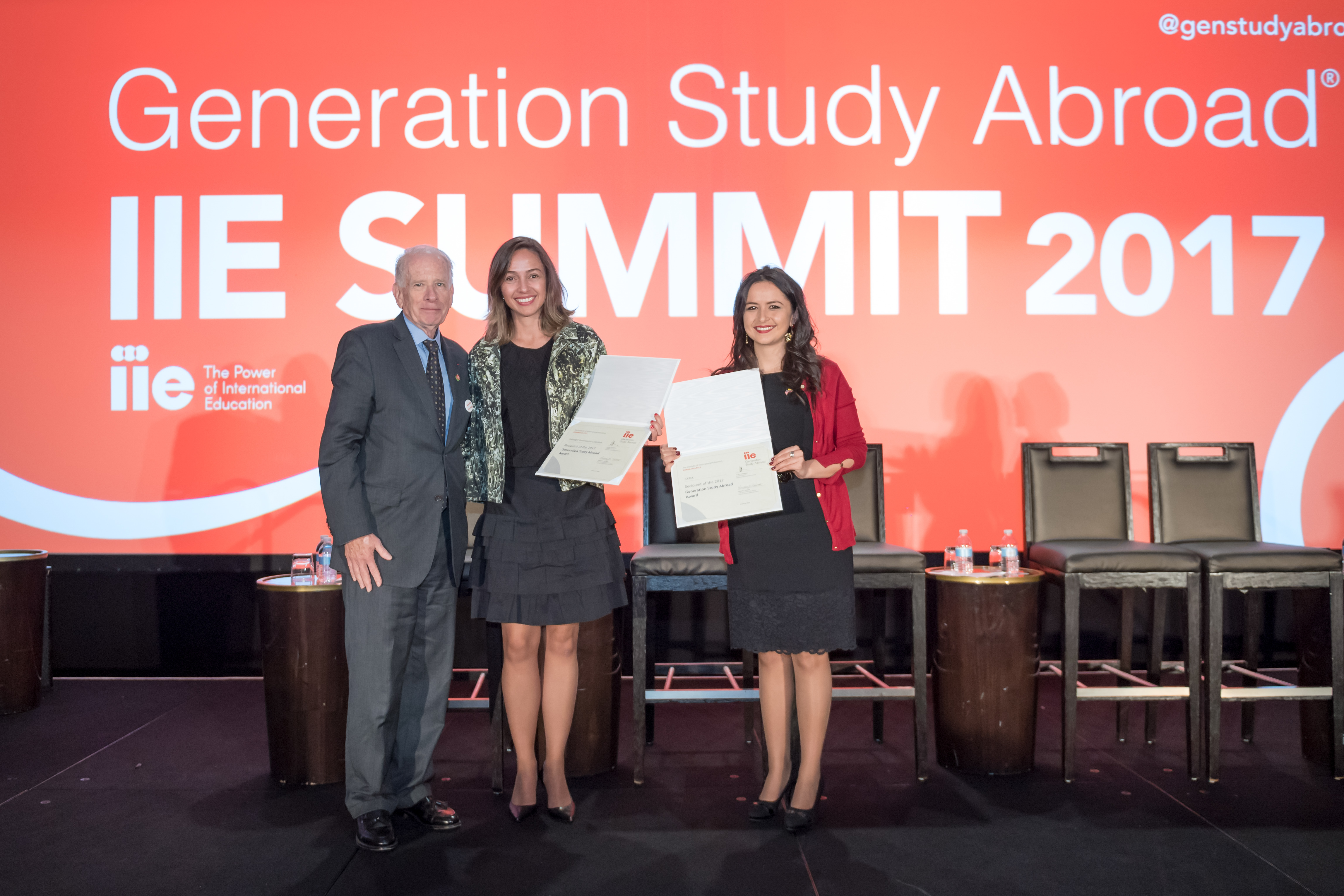 Generation Study Abroad Winners receiving award 2017-ICETEX, Colombia