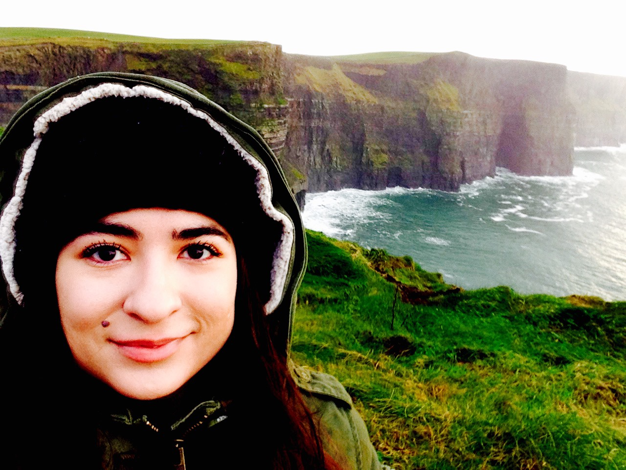 Study Abroad participant on the coast of Ireland