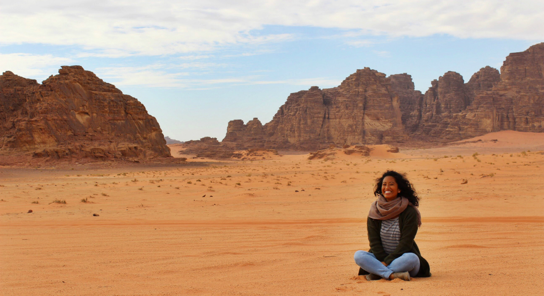 Gilman grantee Miriam Ly in the Jordan desert