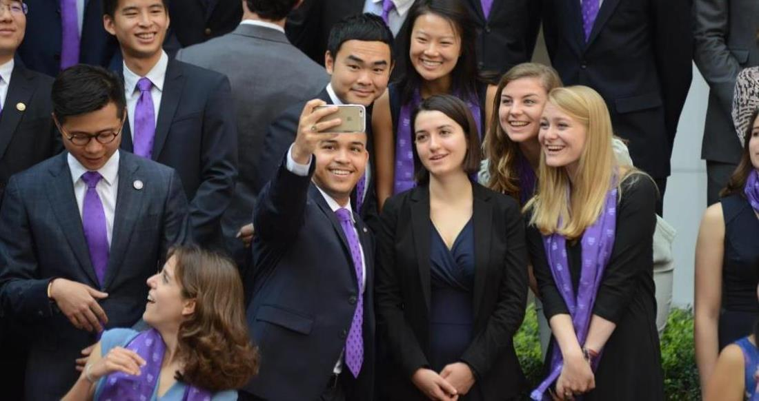 Photo: Schwarzman Scholars in a group